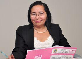 Gláucia Monteiro é a juíza conciliadora de precatórios no TRT/CE