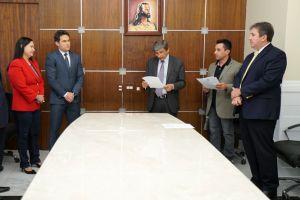 A solenidade aconteceu no Gabinete da Presidência do TRT/CE