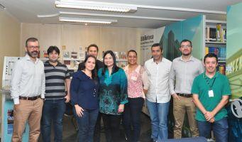 Comitiva visitou a Biblioteca do TRT/CE
