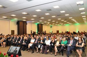 No primeiro dia de realização do evento, estiveram presentes cerca de mil participantes entre magistrados, advogados, membros do Ministério Público, estudantes e servidores públicos