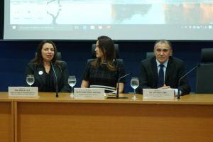 Juíza Karla, deputada Érika Amorim e procurador do trabalho Antônio Lima compuseram a mesa do evento