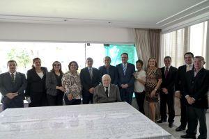 Desembargadores e juízes do trabalho do TRT/CE prestigiaram o ato de posse