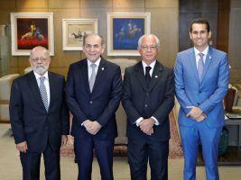 Ministro Renato Paiva, senador Marcelo Castro, ministro Brito Pereira e deputado Domingos Neto