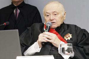 Desembargador Judicael Sudário de Pinho em seu discurso de ratificação de posse