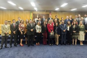 . A juíza do trabalho Karla Yacy participou do encontro como representante do TRT/CE