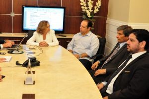 O prefeito foi recebido pela presidente do Tribunal Regional do Trabalho do Ceará, desembargadora Maria José Girão