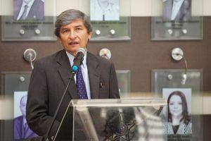 O presidente do TRT/CE, desembargador Plauto Porto, destacou a representação simbólica da Galeria de Presidentes