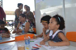 As gêmeas Ana Lúcia e Maria Lúcia participaram das atividades promovidas pelo Programa de Combate ao Trabalho Infantil